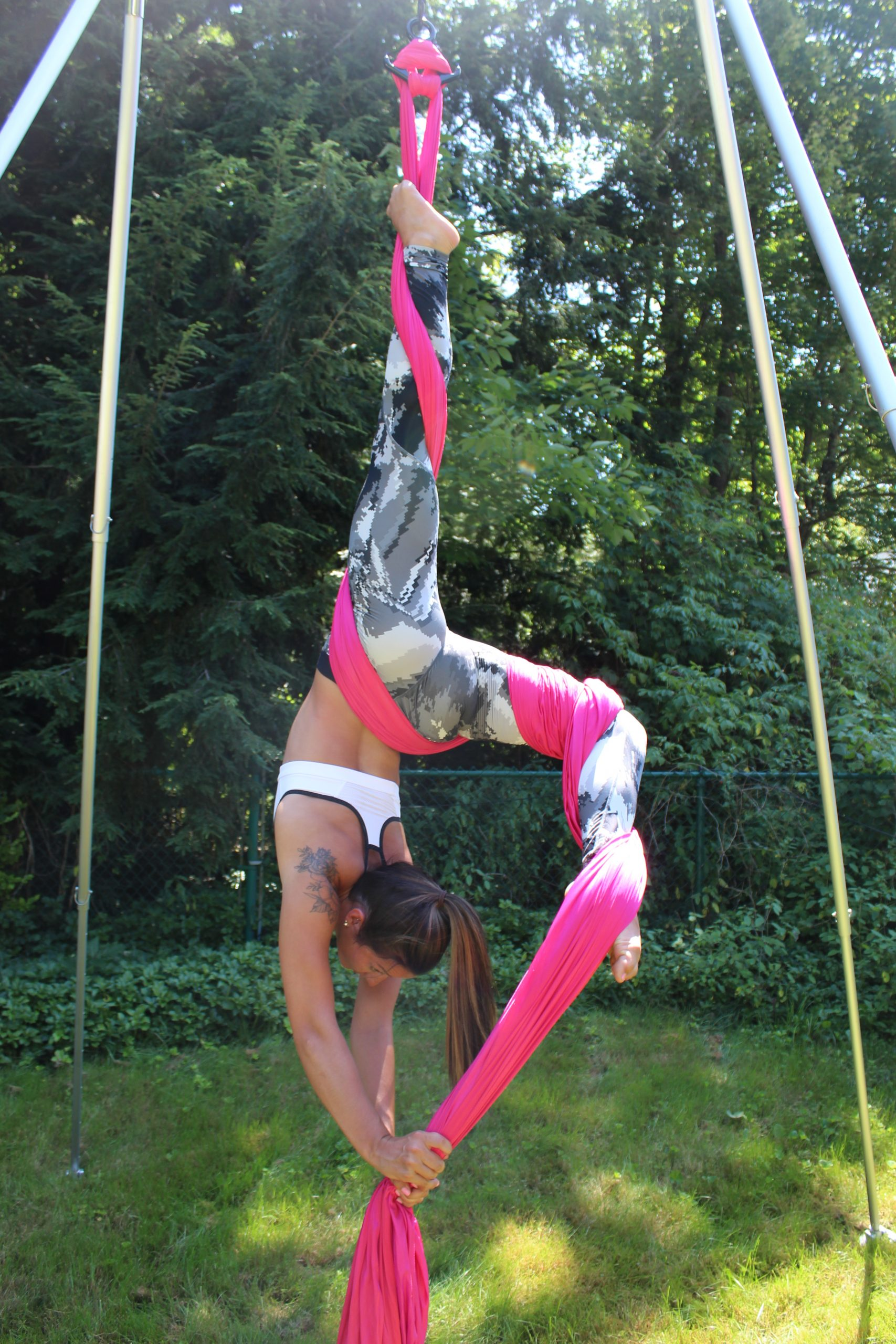 toni antonia schena aerial fitness silks kama fitness